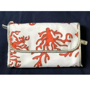 Trifold Coral Print White Cosmetic Weekender Bag